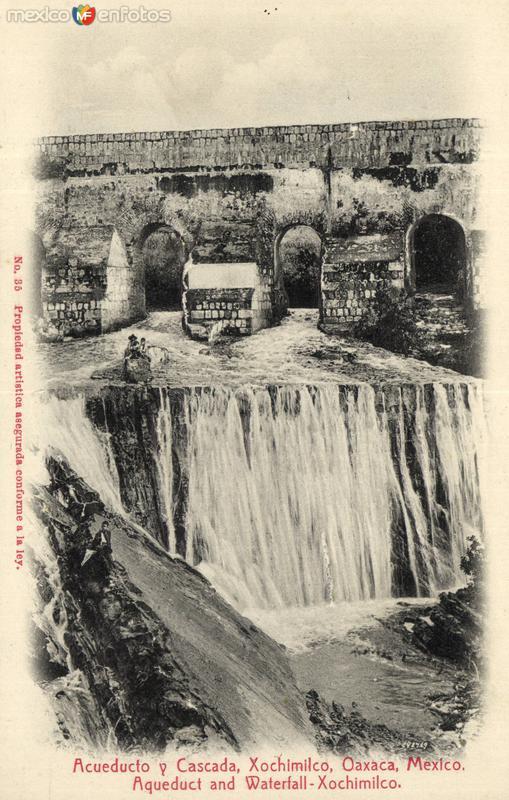 Acueducto y Cascada