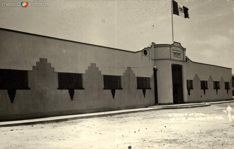 Centro Escolar, Escuela Oficial