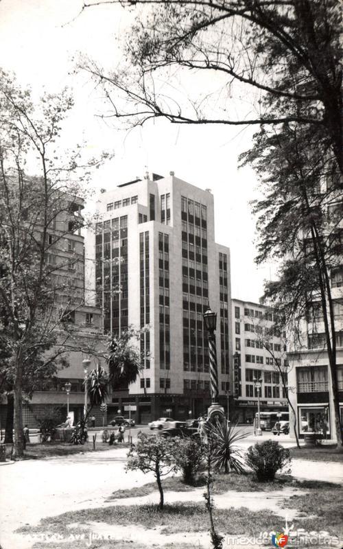 Edificio Aztlán