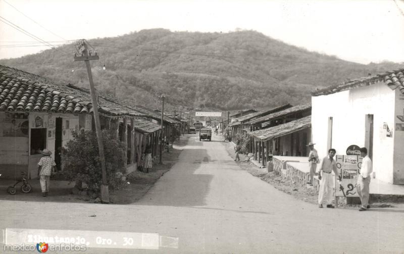 Fotos de Ixtapa Zihuatanejo, Guerrero, M�xico: Calles de Zihuatanejo