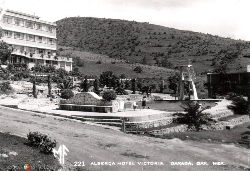 Alberca Hotel Victoria