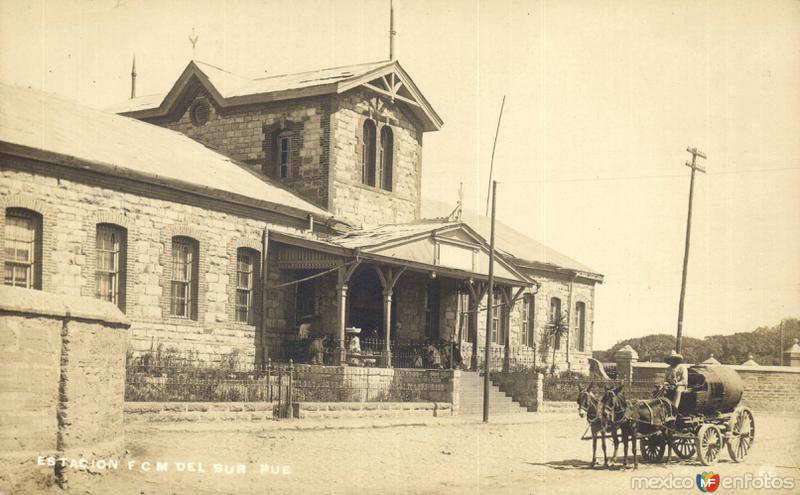 Estación del ferrocarril (FCM) del Sur