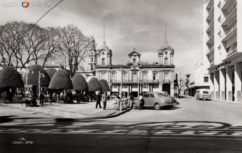 Plaza principal de León