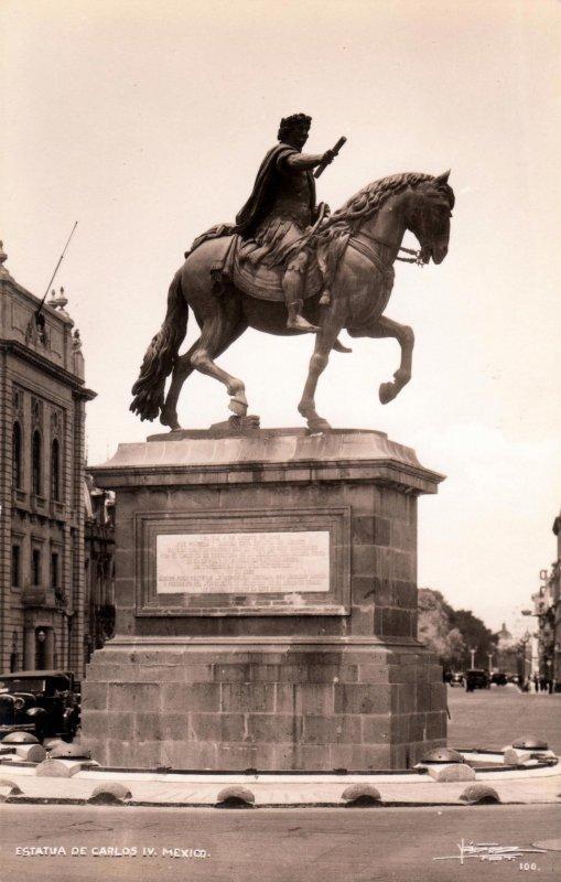 Estatua a Carlos IV