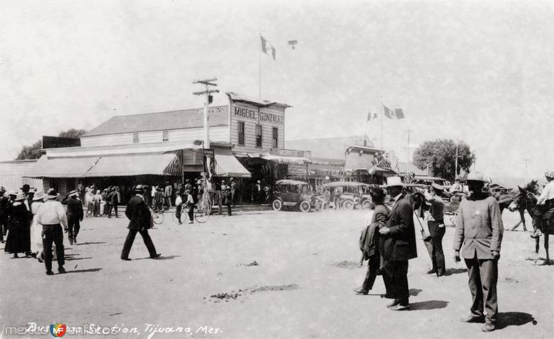 Distrito comercial (hoy Avenida Revolución)