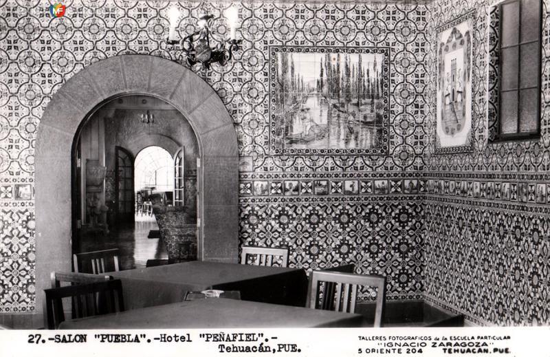 Salón Puebla del Hotel Peñafiel