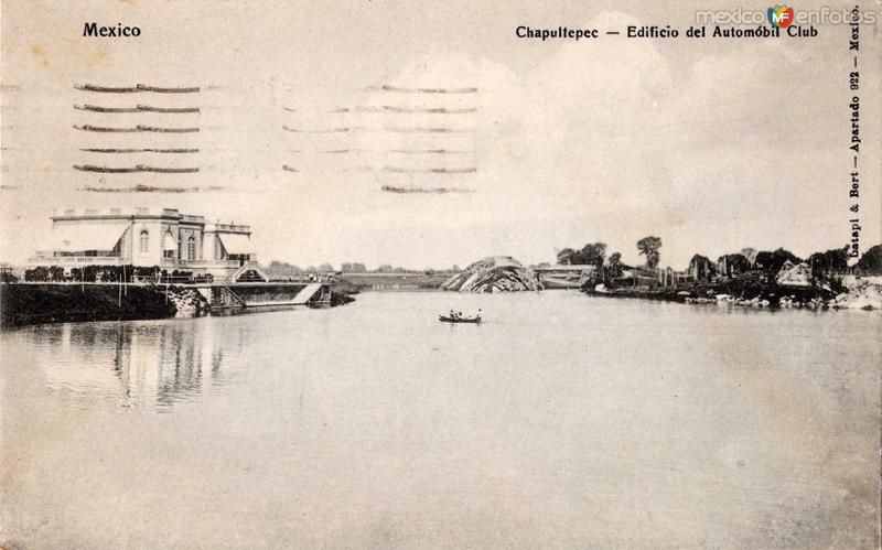 Lago de Chapultepec, Edificio del Automóbil Club