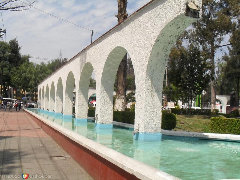 Fotos de Ecatepec, M�xico, M�xico: Centro San Cristobal