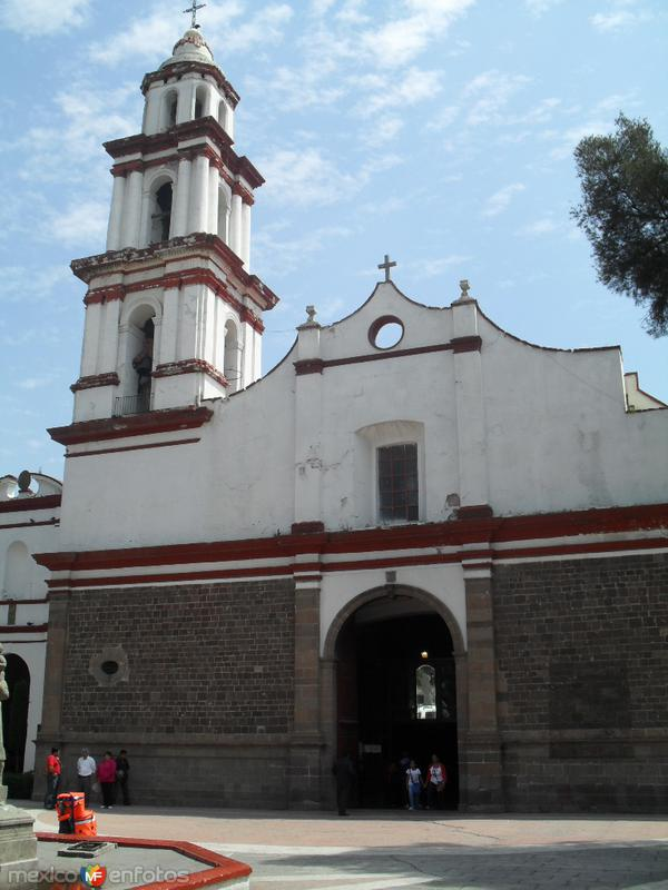 Fotos de Ecatepec, M�xico, M�xico: Iglesia de San Cristobal