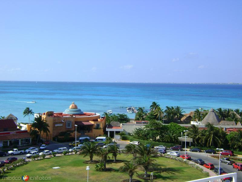 El Mar Caribe desde Punta Cancún. Abril/2012