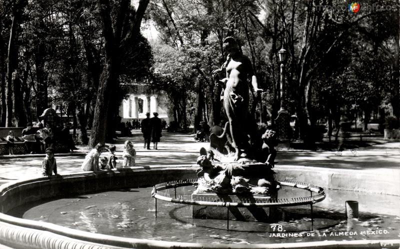 Jardines de la Alameda Central