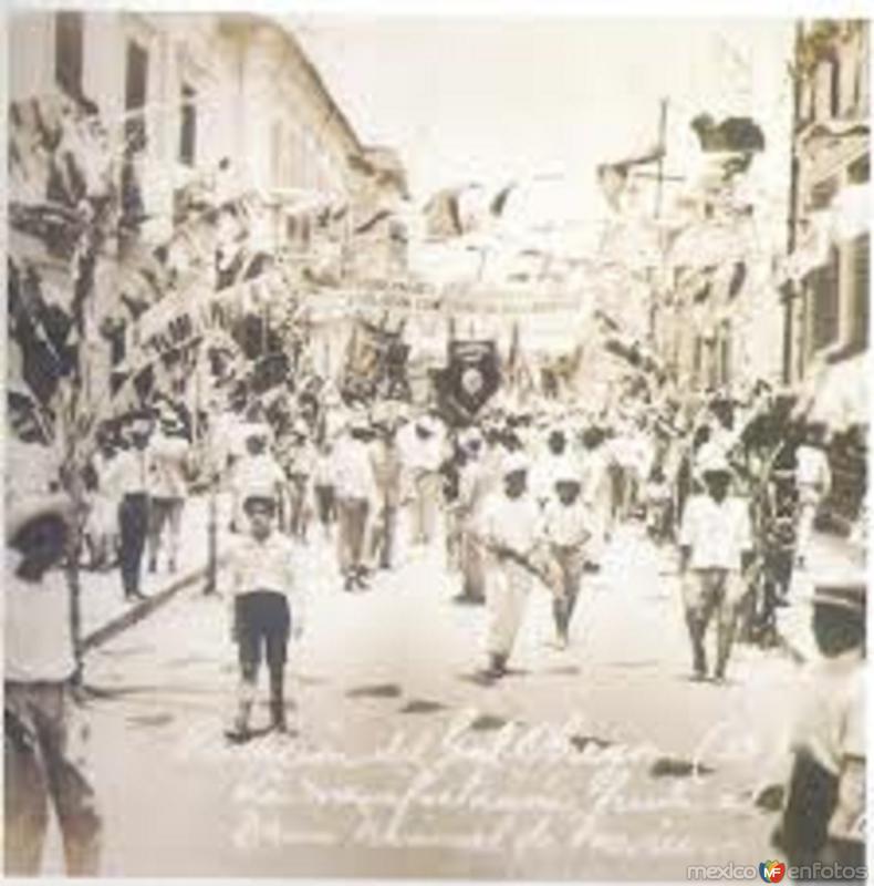DESFILE CONMEMORATIVO DE LA INDEPENDENCIA, VILLAHERMOSA TAB. 1927