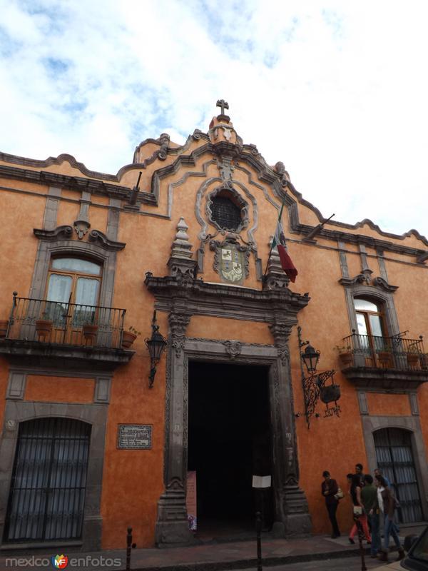 Fachada de la Casa de la Marquesa de la Villa del Villar. Agosto/2012