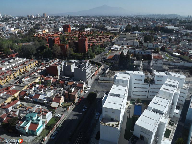 Calle 21 sur y la zona de volcanes. Puebla. Octubre/2012