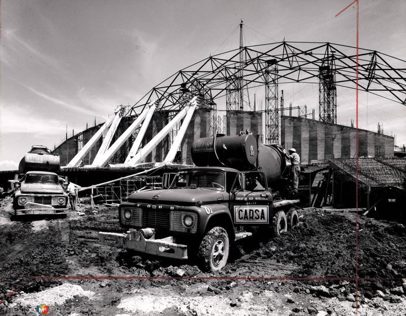 Fotos de Ciudad de M�xico, Distrito Federal, M�xico: Construcci�n del Palacio de los Deportes