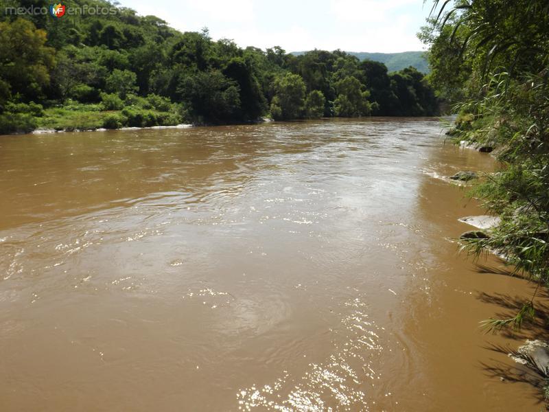 El caudaloso Río Amacuzac desde Los Manantiales. Julio/2013