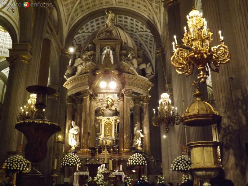 Interior de la catedral de Puebla. Noviembre/2013