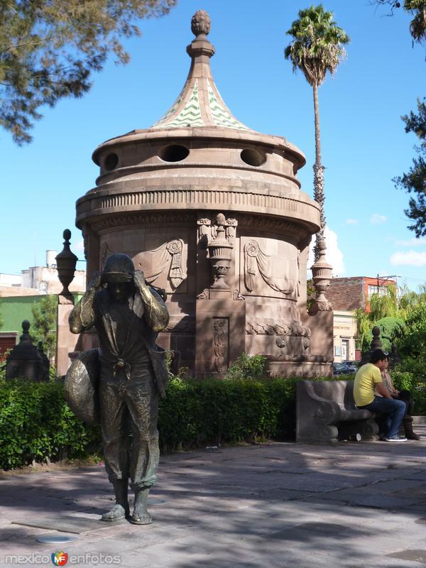 Caja del Agua, en la calzada de Guadalupe.