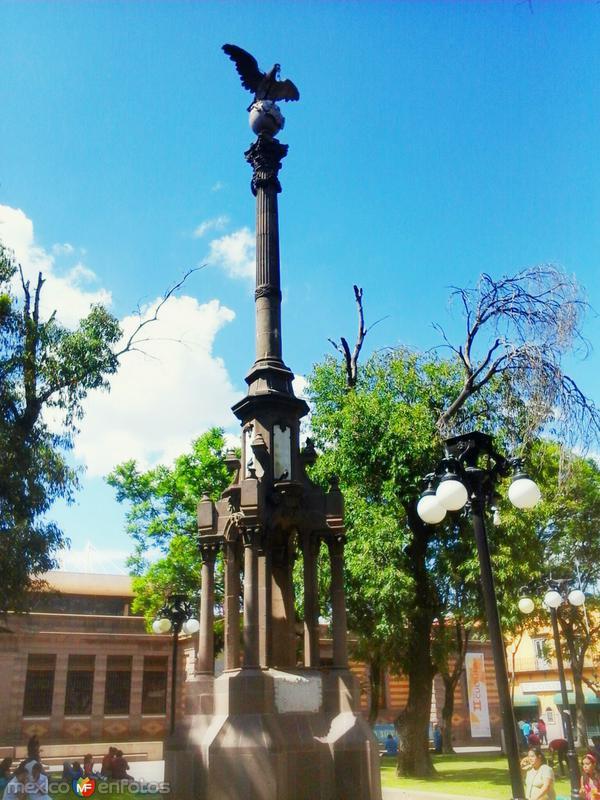 Columna del primer Centenario de Mexico.