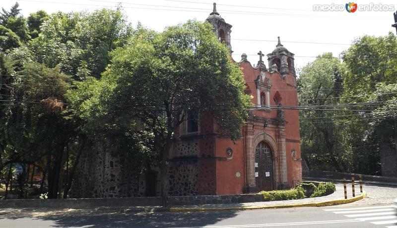 La parroquia de Panzacola a orillas del Río Churubusco. Abril/2014