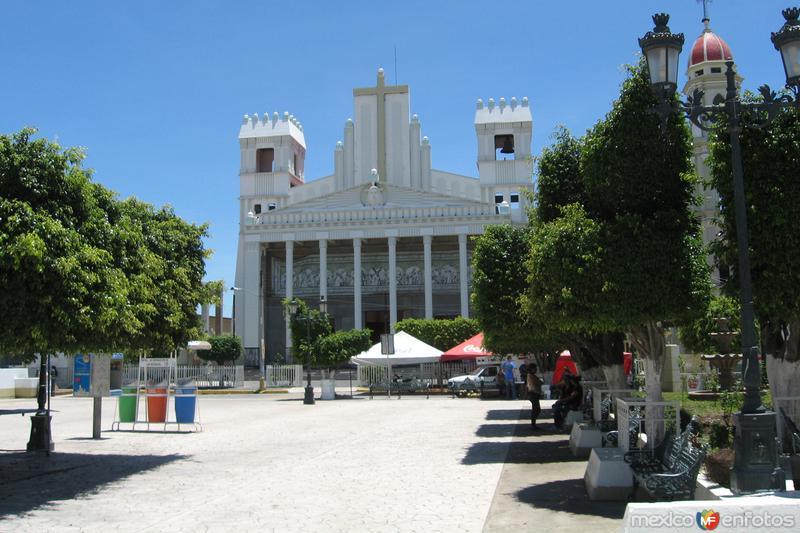 Por la Plaza