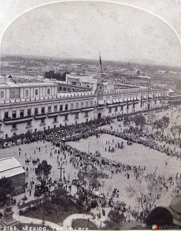 Palacio y zocalo Hacia 1900