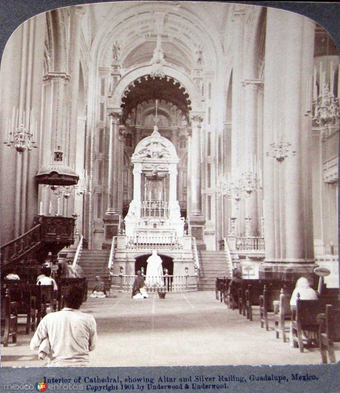 Interior de la Villa de Guadalupe Hacia 1900
