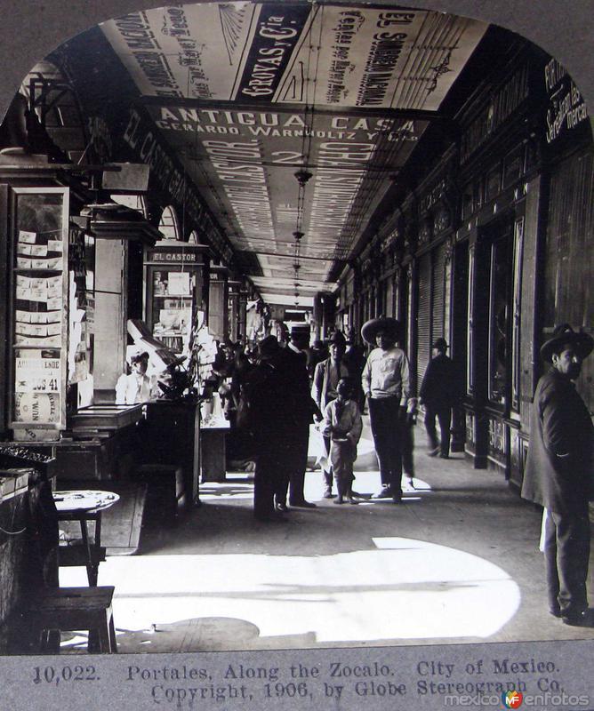 Portales en el Zocalo Hacia 1909