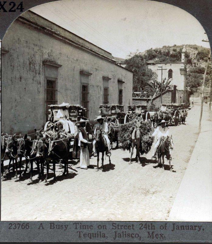 Muchas Carretas Hacia 1900