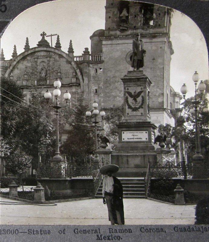 Estatua de Ramon Corona Hacia 1900