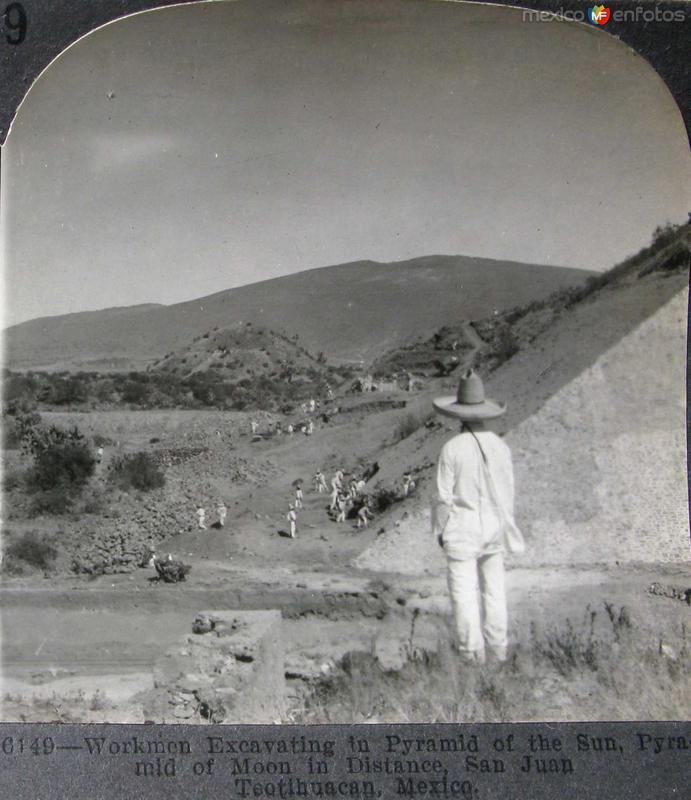 Excavando Las Piramides Hacia 1900