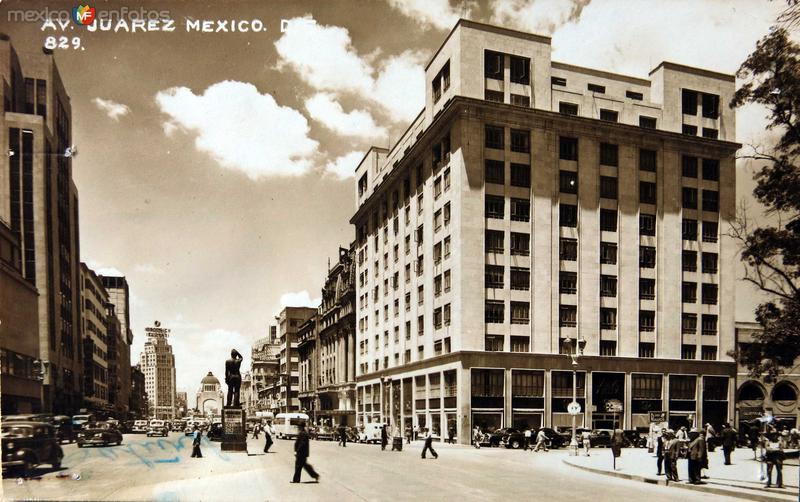 Ave.Juarez Hacia 1945