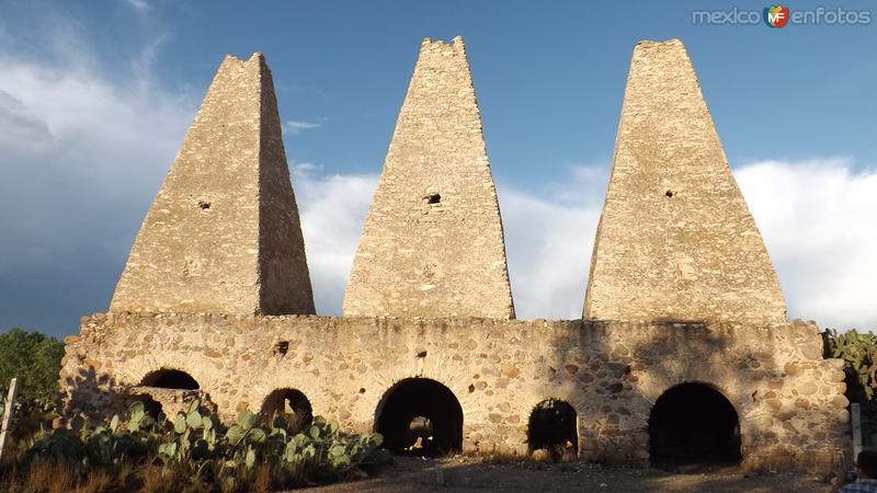 Ruinas de los hornos de la Mina Santa Brígida. Abril/2014