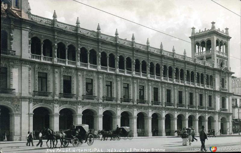 Edificio Municipal Por; HUGO BREHME Hacia 1930