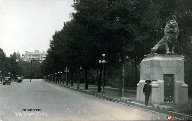 Chapultepec por; HUGO BREHME Hacia 1930