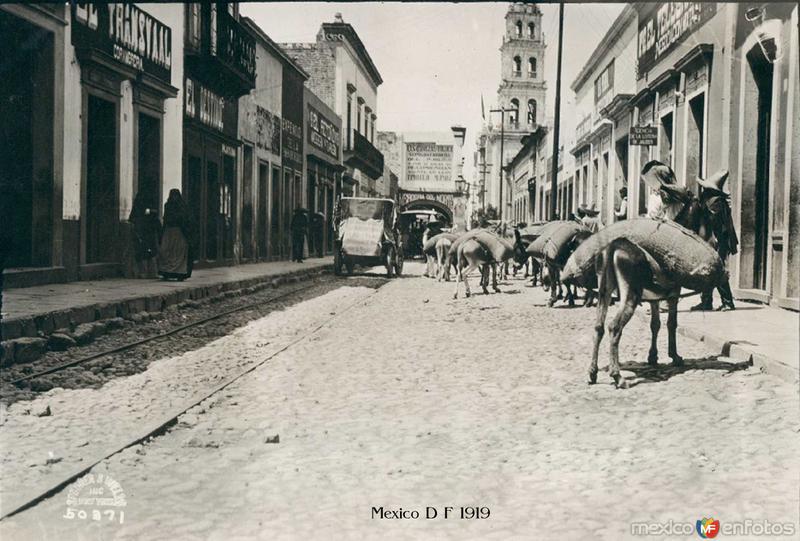Escena Callejera Hacia 1919