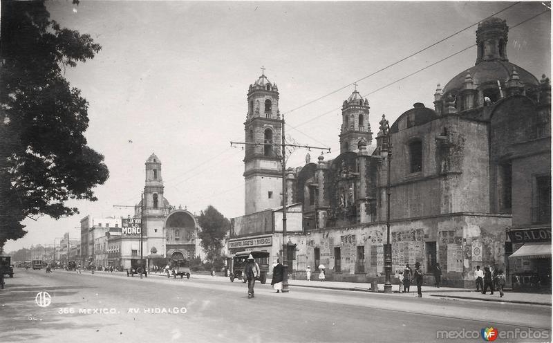Avenida Hidalgo Hacia 1900