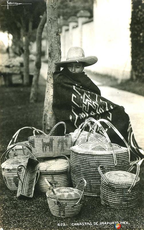 Vendedor de Canastas Hacia 1945