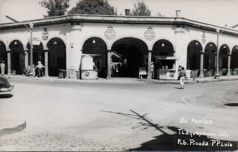 El Parian 1945