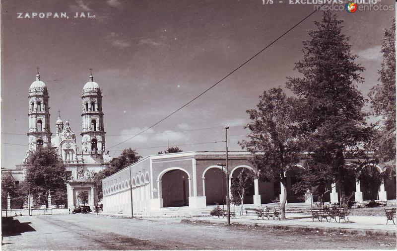 Iglesia Y atrio Hacia 1945