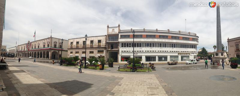Plaza Fundadores