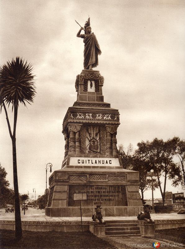 Estatua de Cuauhtémoc (circa 1920)