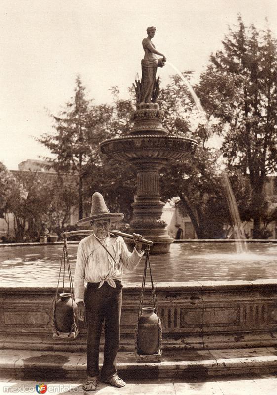 Aguador (circa 1920)