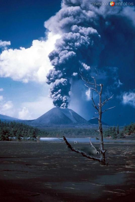Erupcion del Volcan Hacia 1950