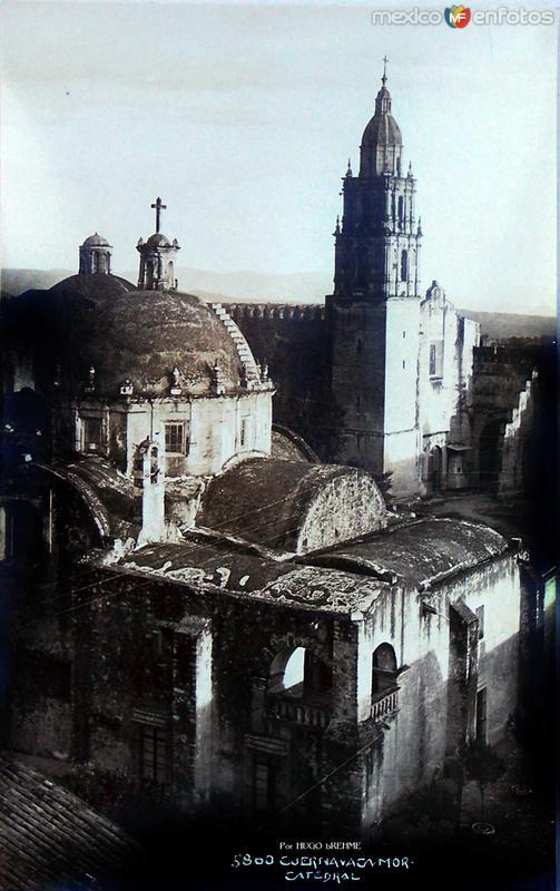 Fotos de Cuernavaca, Morelos, México: Catedral por; HUGO BREHME Hacia 1930