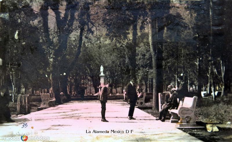 Fotos de Ciudad de México, Distrito Federal, México: La Alameda  Hacia 1945