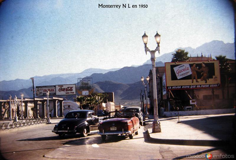Fotos de Monterrey, Nuevo Le�n, M�xico: Escena Callejera Hacia 1950