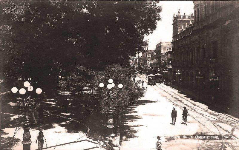 Fotos de Puebla, Puebla, M�xico: Plaza de la Constitucion Hacia 1930