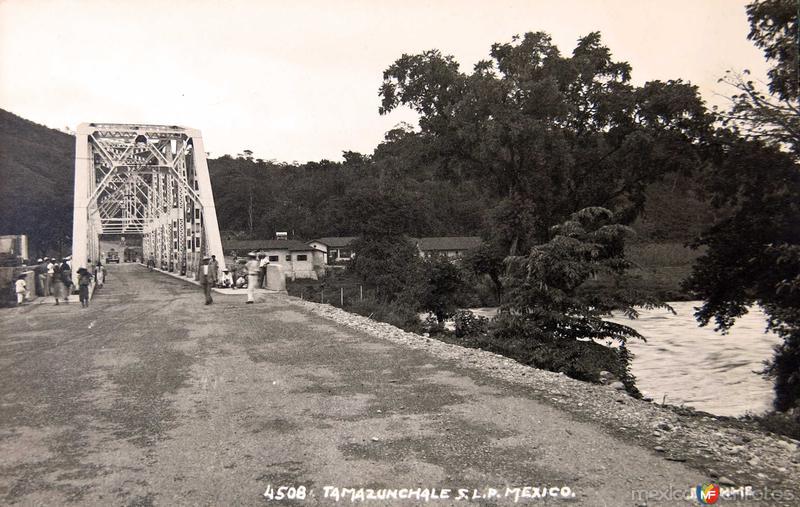 Entrada al pueblo HUGO BREHME Hacia 1930