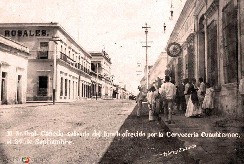 Escena Callejera Hacia 1920